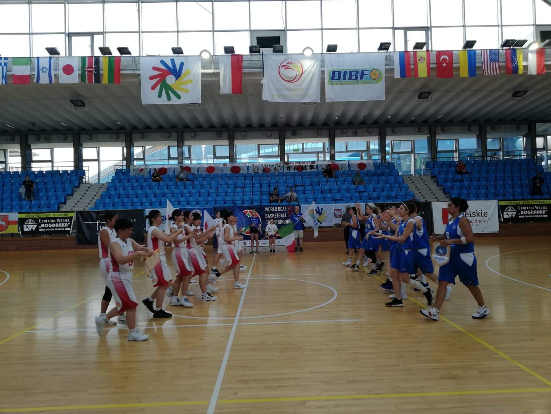 La Nazionale femminile batte il Giappone: ai quarti avra' la Lituania. I maschi aspettano l'avversaria: giocheranno per il nono posto