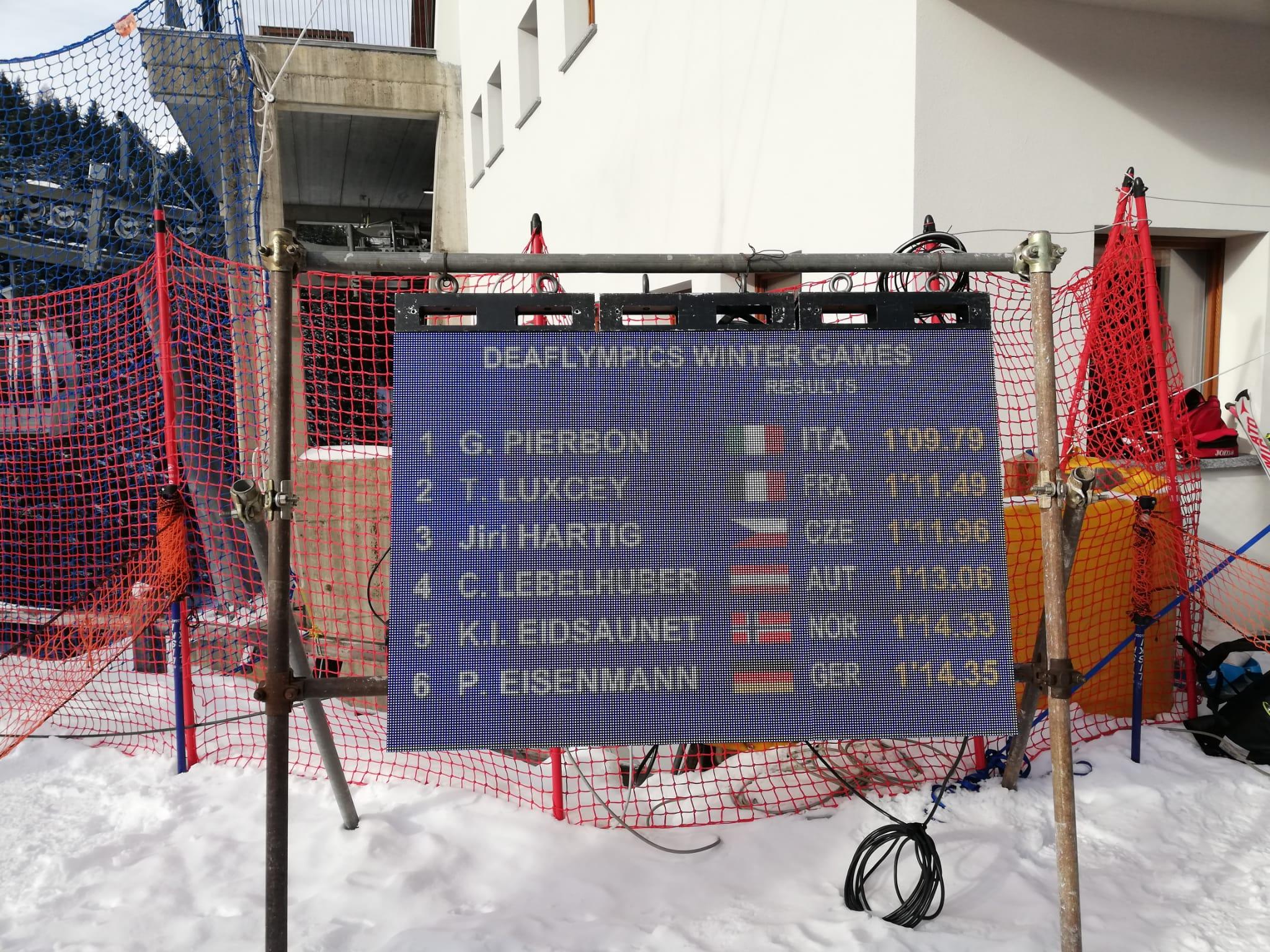 Lo sciatore azzurro Giacomo Pierbon conquista la 3° medaglia d'oro nel SuperG