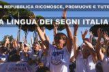 La Repubblica Italiana riconosce la Lingua dei Segni Italiana